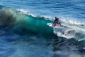Peut-on faire du surf aux sables d'olonnes ?